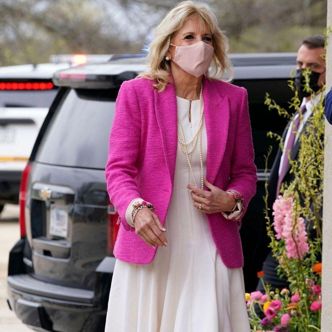 Розовый пиджак и коротенькое платье: Джилл Байден показала смелый образ (ФОТО) - фото №3