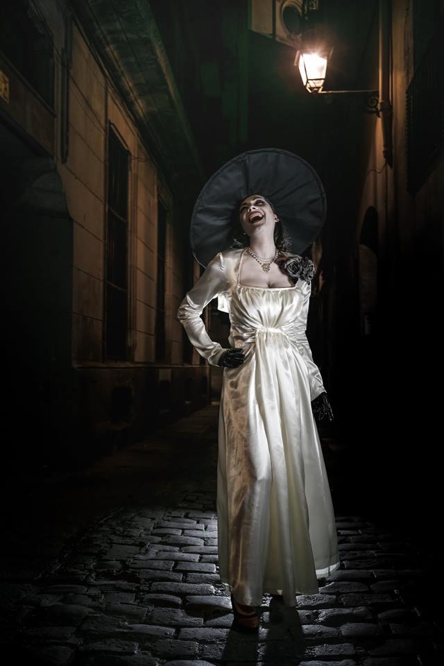 Вампирша Леди Димитреску из Resident Evil 8: фестиваль Comic Con Ukraine 2021 объявил первого звездного гостя - фото №1