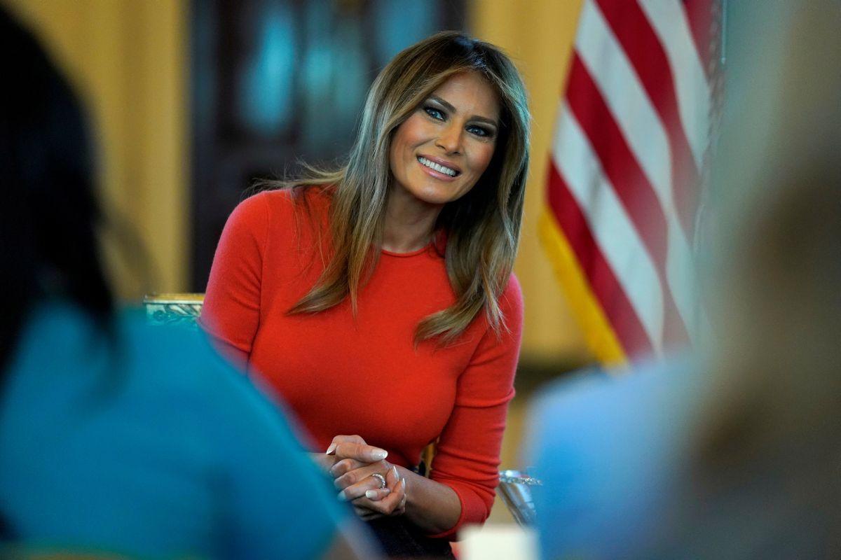 Мелании Трамп — 50! Вспоминаем лучшие образы первой леди США (ФОТО) - фото №7