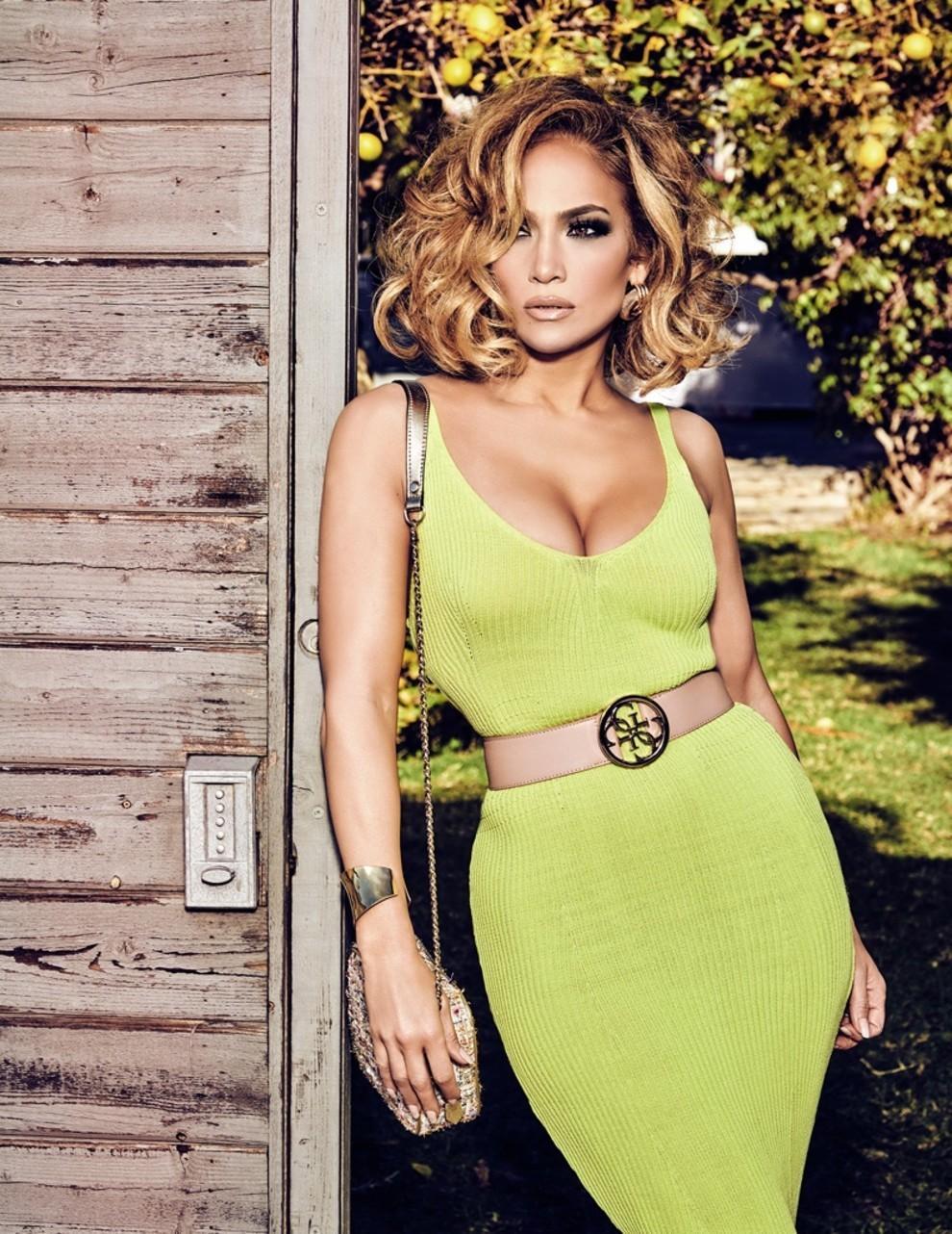 Дженнифер Лопес снялась в образе Софи Лорен: для новой рекламной кампании Guess - фото №3
