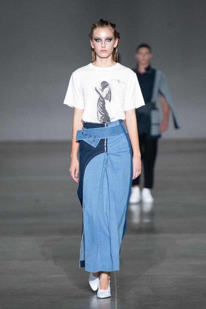 Элегантность, минимализм и звезды на подиуме: как прошел первый день Ukrainian Fashion Week noseason sept 2021 - фото №16