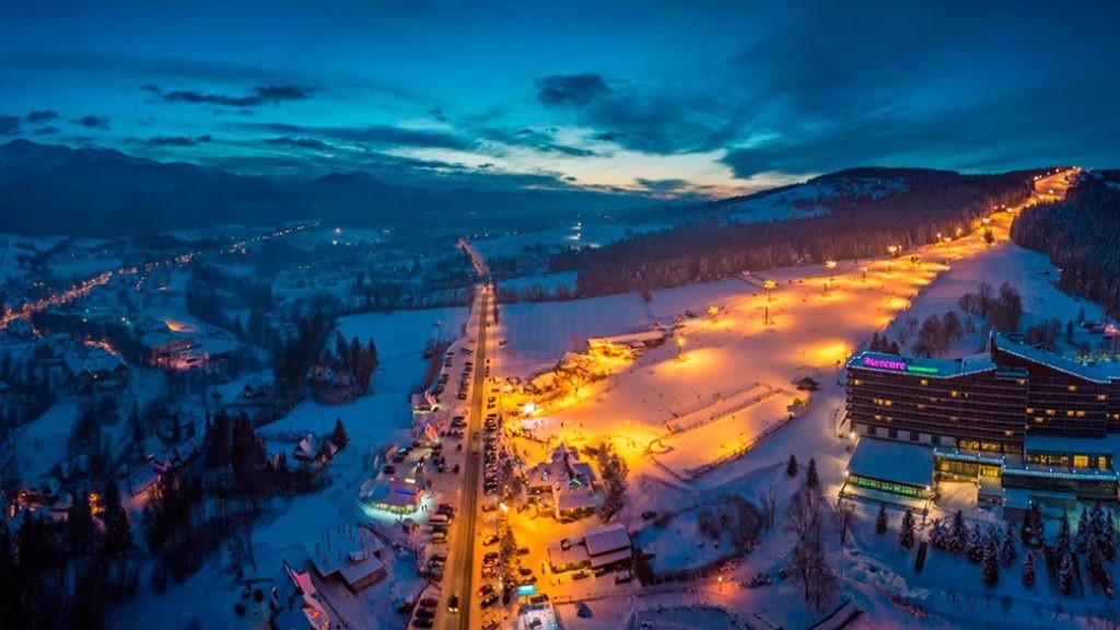 Любовь в горах: лучшие курорты для романтического отдыха - фото №2