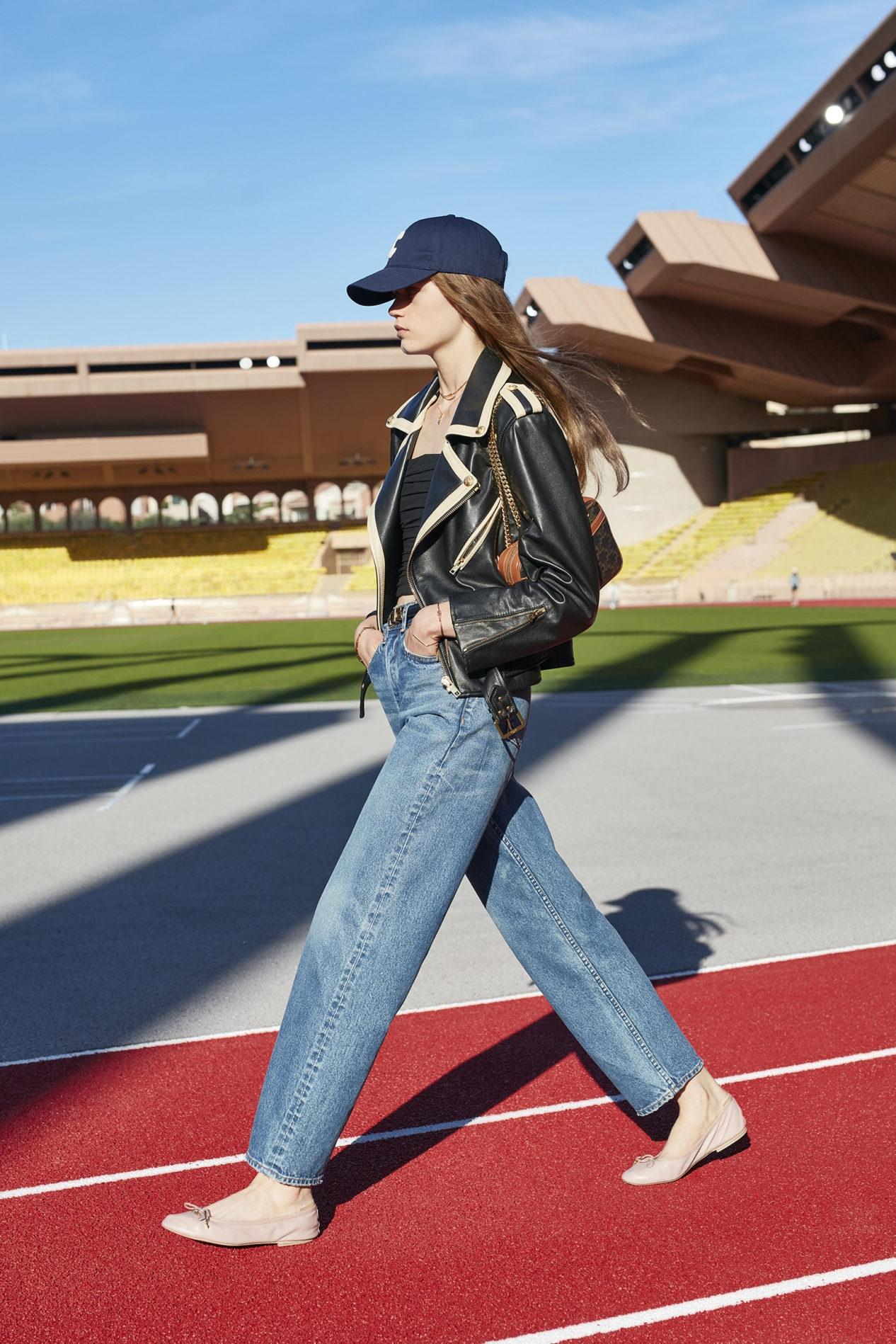 Французская романтика и спорт: Celine показали новую коллекцию весна-лето 2021 (ФОТО) - фото №6
