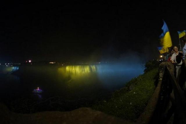 Ниагарский водопад подсветят сине-желтыми цветами ко Дню Независимости Украины - фото №2