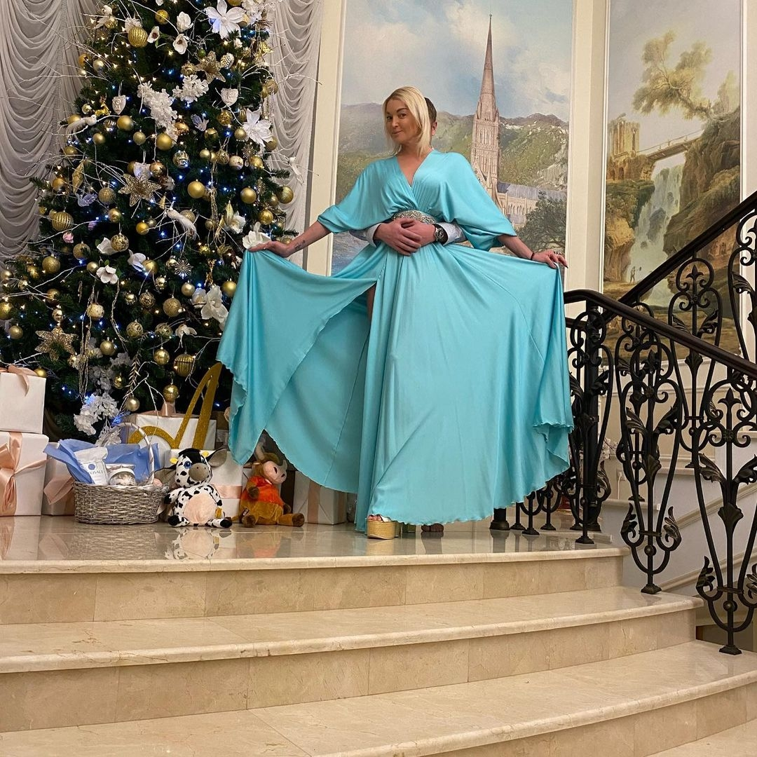 "Анастасия Волочкова станцевала в бикини на морозе под песню ""Потапа и Насти"" (ВИДЕО) - фото №2"