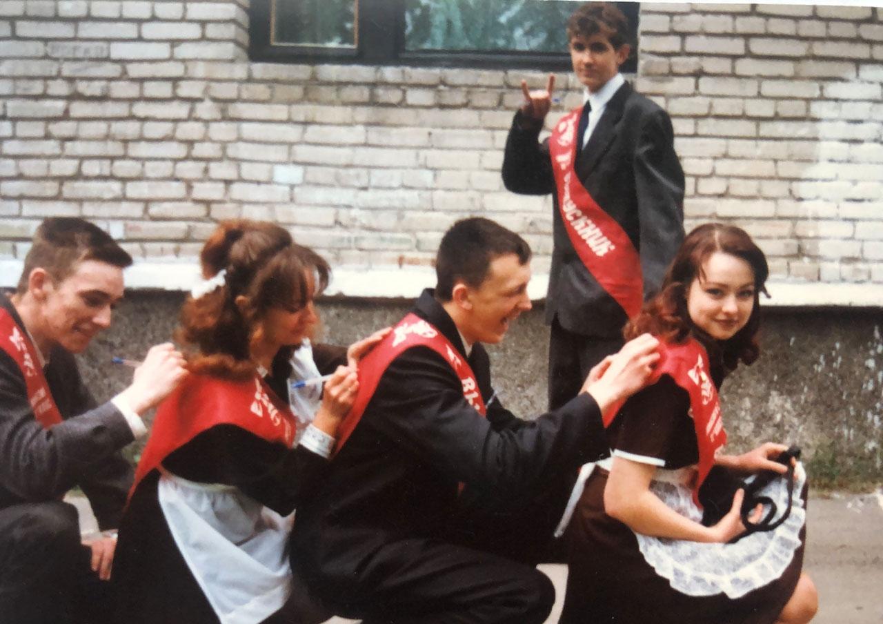 """Актрисы """"Дизель студио"""" поделились архивными фото с выпускных - фото №4"""
