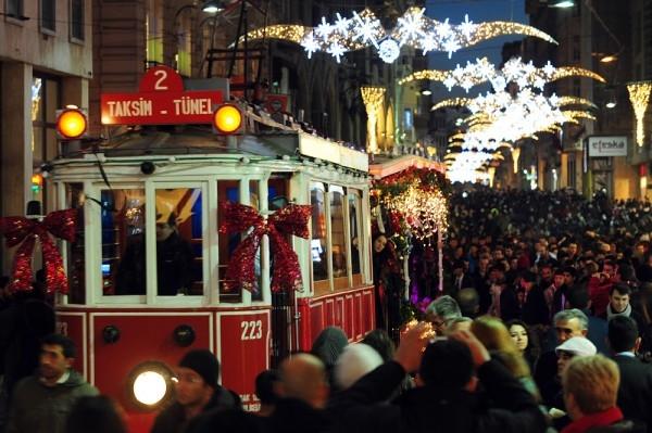 Как отмечают Новый год в разных странах: интересные факты - фото №8