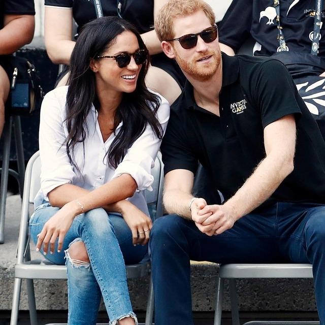 принц Гарри поругался с королевой из-за Меган Маркл