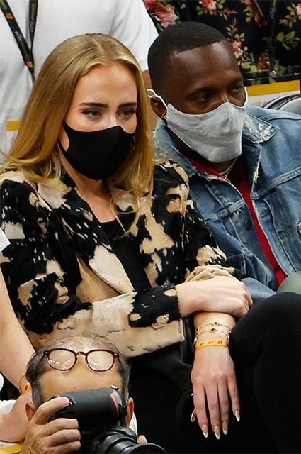 Редкое появление на публике: Адель была замечена на полуфинальном матче NBA (ФОТО) - фото №2