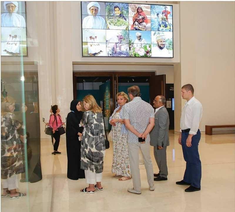 В Сети обсуждают: Елена Зеленская пришла на официальную встречу в шлепанцах (ФОТО) - фото №1