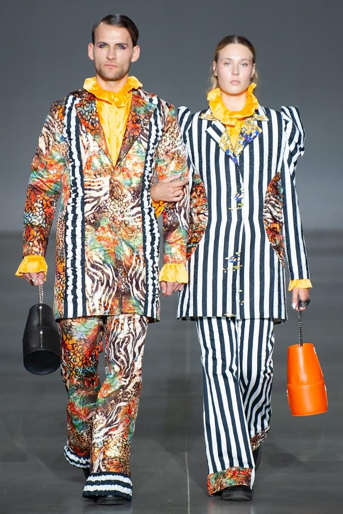 Меньше ткани, больше тела: как прошел второй день Ukrainian Fashion Week noseason sept 2021 - фото №3