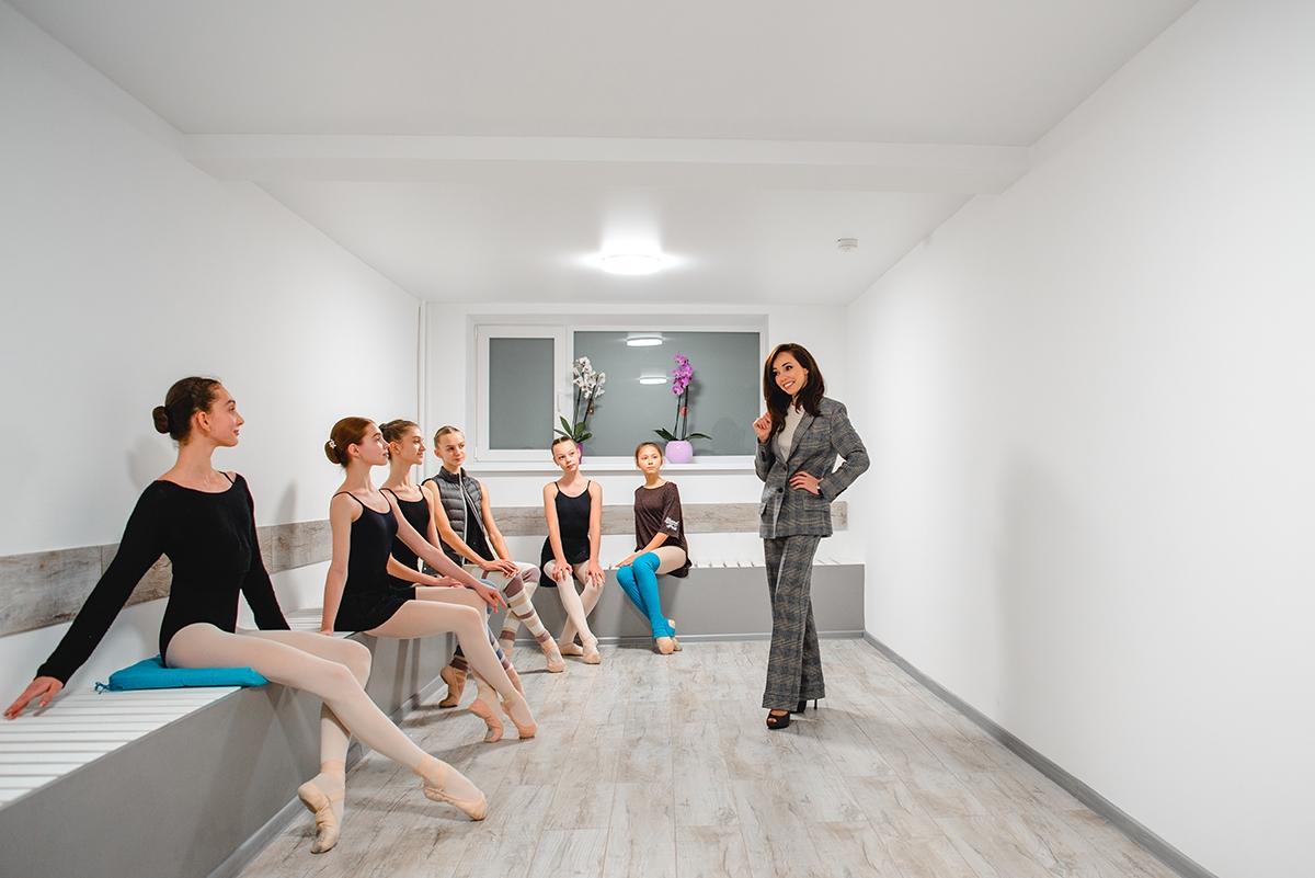 Екатерина Кухар показала первый этап ремонтав Киевском государственном хореографическом училище (ФОТО) - фото №2