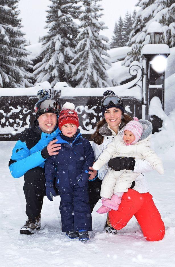 Внезапно: в Сеть попала рождественская открытка принца Уильяма и Кейт Миддлтон (ФОТО) - фото №1