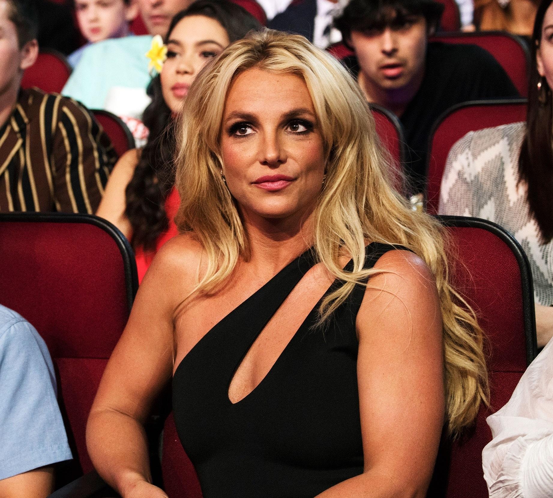 """""""Они пытаются меня убить"""": Бритни Спирс выступила в суде с новыми откровениями - фото №2"""
