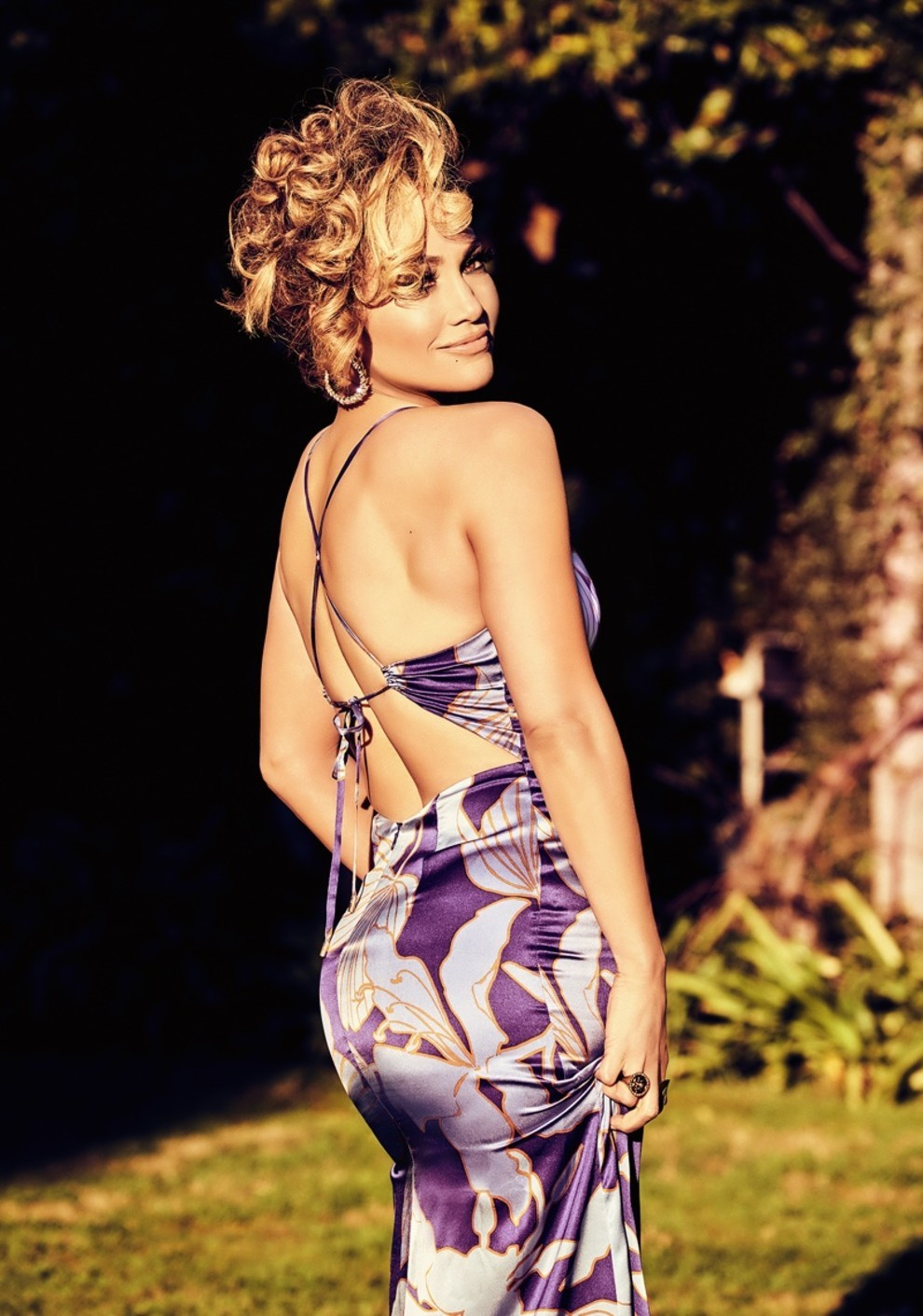 Дженнифер Лопес снялась в образе Софи Лорен: для новой рекламной кампании Guess - фото №5