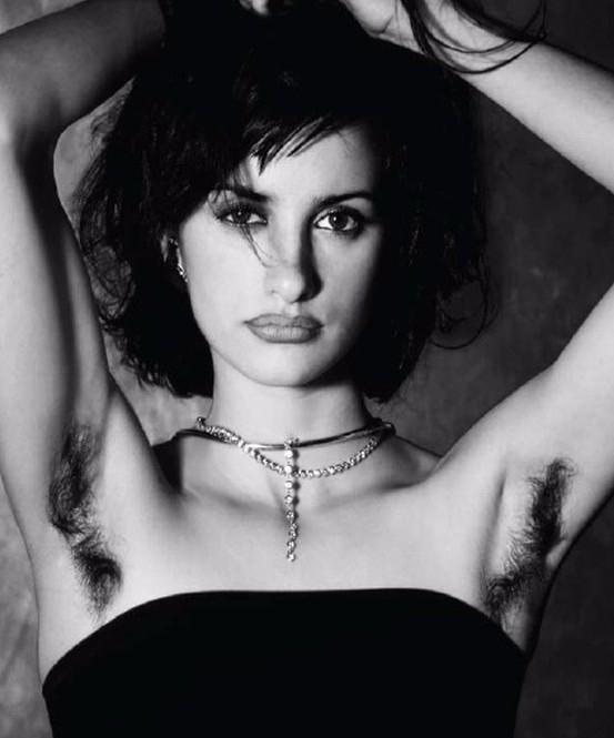 Звезды, отказашиеся от эпиляции: Мадонна, Джулия Робертс, Майли Сайрус и другие - фото №8