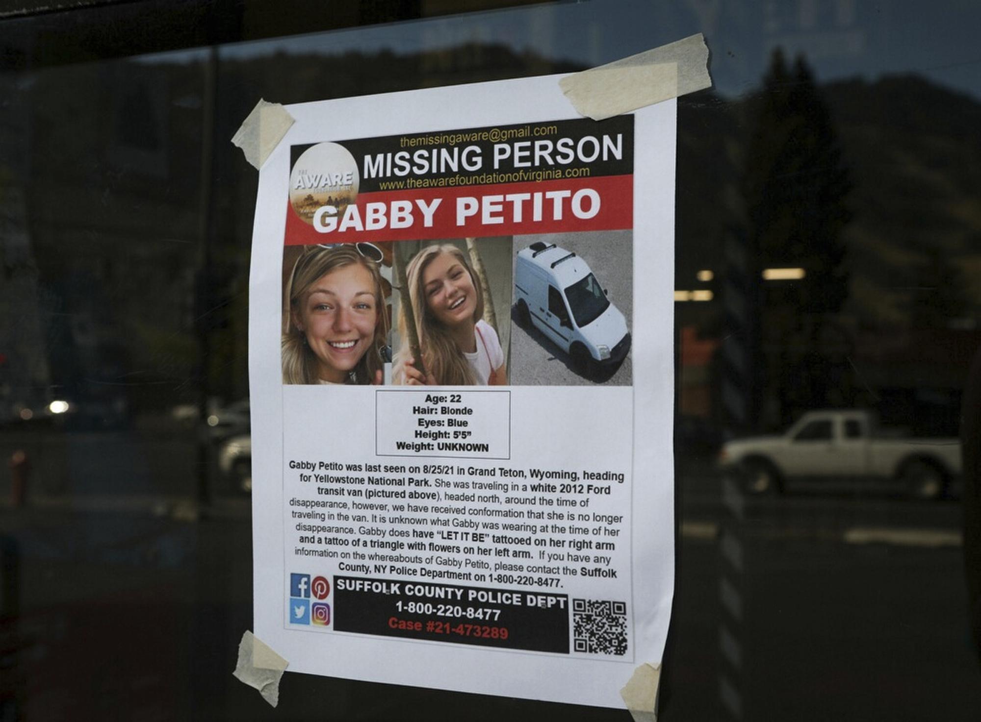 Полиция США назвала причину загадочной смерти блогера Габби Петито: ее жениха ищут уже месяц - фото №3