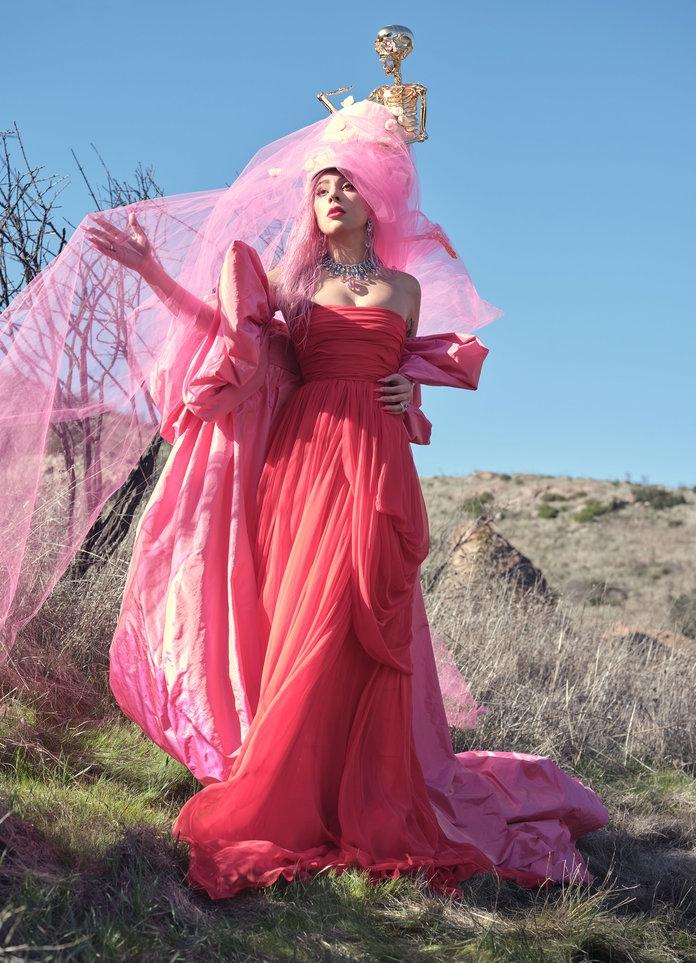 Роскошная Леди Гага снялась в нежной фотосессии для InStyle и призналась, что мечтает о семье (ФОТО) - фото №2