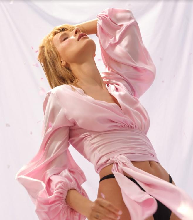 """Снова влюблена! TAYANNA выпустила новый альбом """"Жіноча сила"""" - фото №1"""
