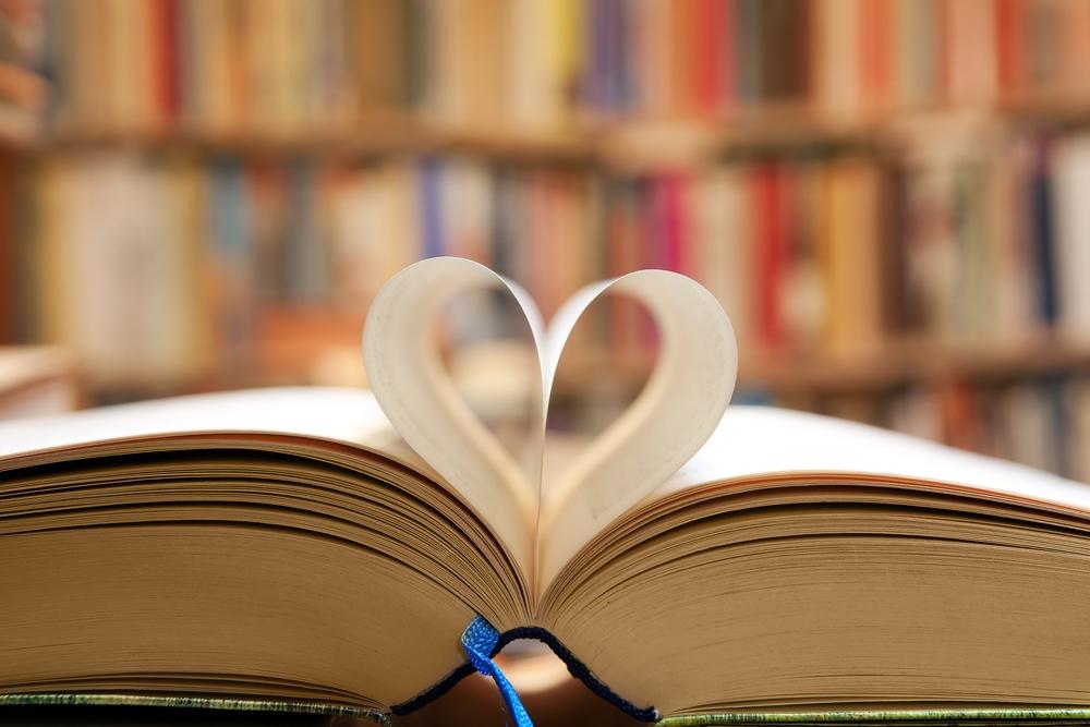 женщины чтение исследование
