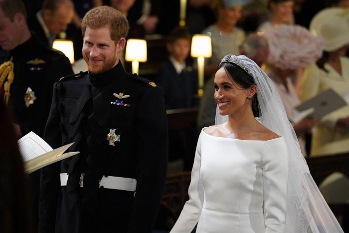 Принц Гарри и Меган Маркл: подборка трогательных кадров герцогов Сассекских - фото №13