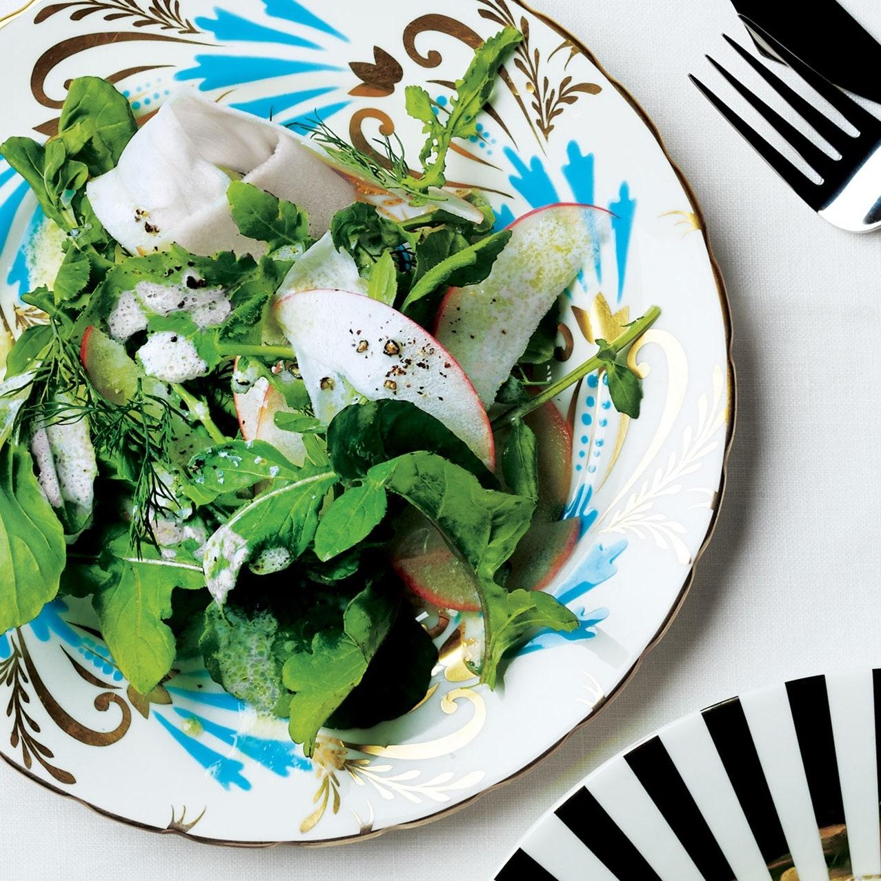 Салат из рукколы, яблок и пастернака
