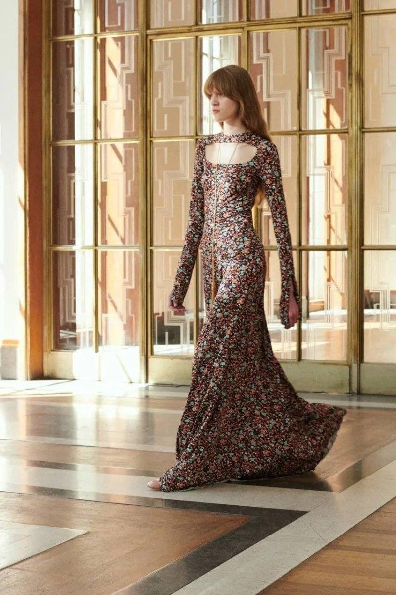 Современная элегантность в новой коллекции Victoria Beckham Resort 2022 (ФОТО) - фото №8