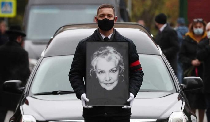 Светлана Бондарчук не пришла на похороны Ирины Скобцевой - фото №2