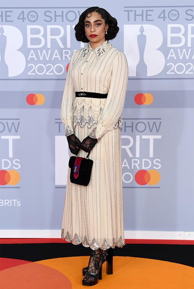 Там был MONATIK: обзор лучших образов с красной дорожки Brit Awards (ФОТО) - фото №11