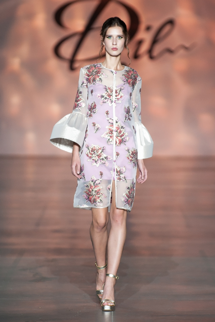 Меньше ткани, больше тела: как прошел второй день Ukrainian Fashion Week noseason sept 2021 - фото №8