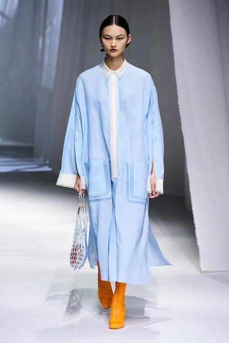 Неделя моды в Милане: Fendi выпустили коллекцию, вдохновленную карантином и пандемией (ФОТО) - фото №4