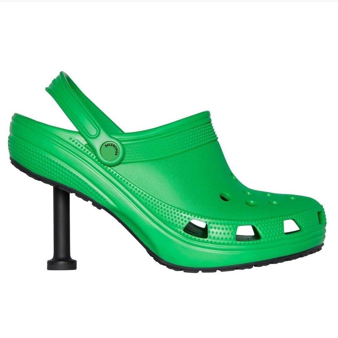 Вещь дня: Balenciaga выпустили кроксы на каблуке (ФОТО) - фото №1