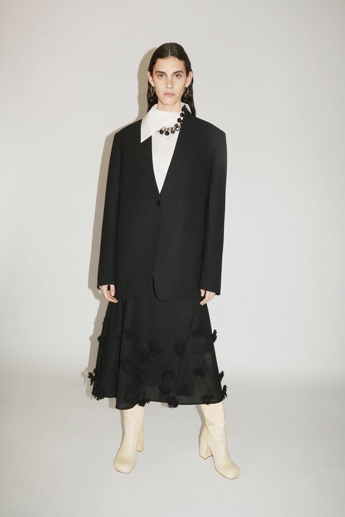 Универсальный гардероб: Jil Sander выпустили новую коллекцию Pre-Fall — 2021 (ФОТО) - фото №3