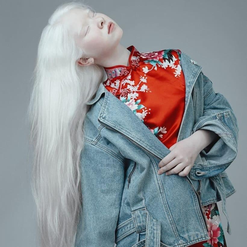 Неземные! Сестры-альбиносы из Казахстана стали востребованными моделями (ФОТО) - фото №4