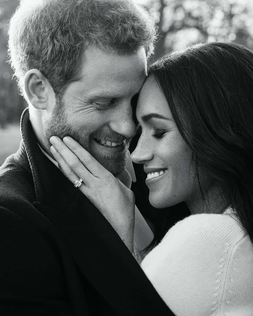 Сын Арчи повлиял на решение Меган Маркл и принца Гарри покинуть королевскую семью - фото №3