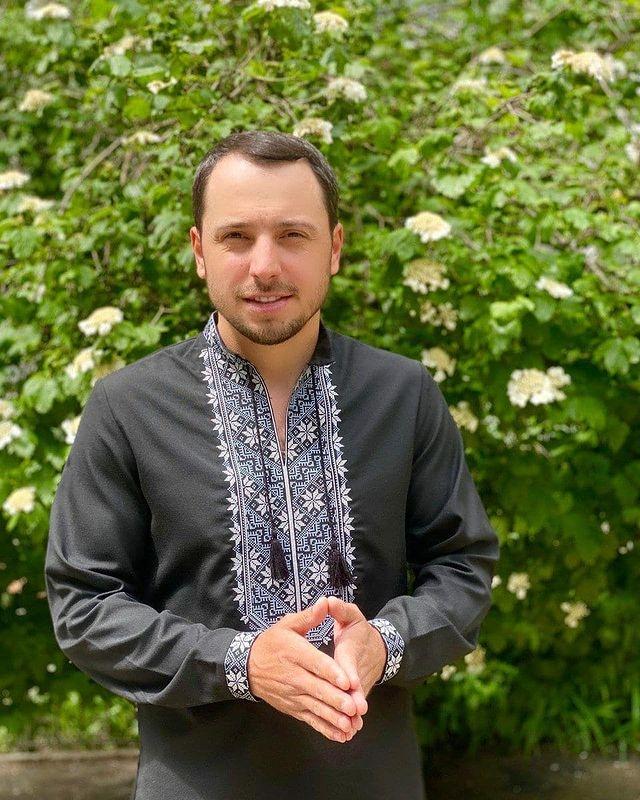 День вышиванки: украинские звезды показали свои вышиванки и рассказали об отношении к символической одежде (ФОТО) - фото №6