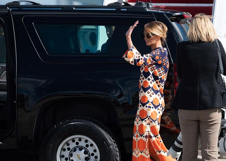 Траурный total black: последний выход Мелании Трамп в статусе первой леди США (ФОТО) - фото №6