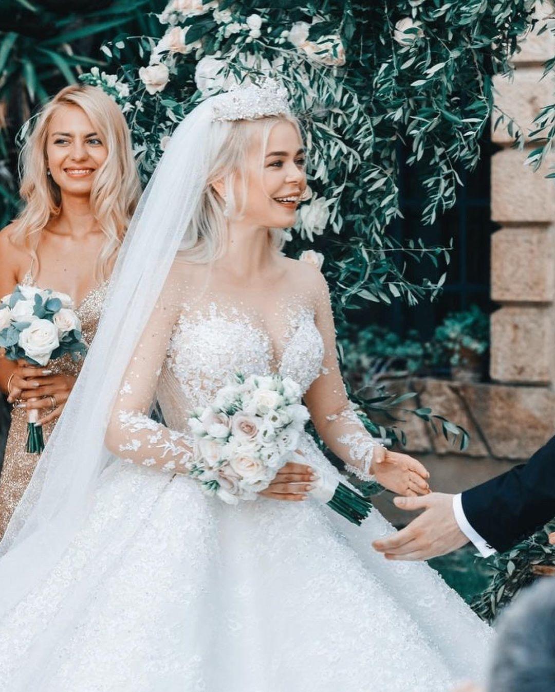 Самые яркие свадебные платья украинских звезд (ФОТО) - фото №9