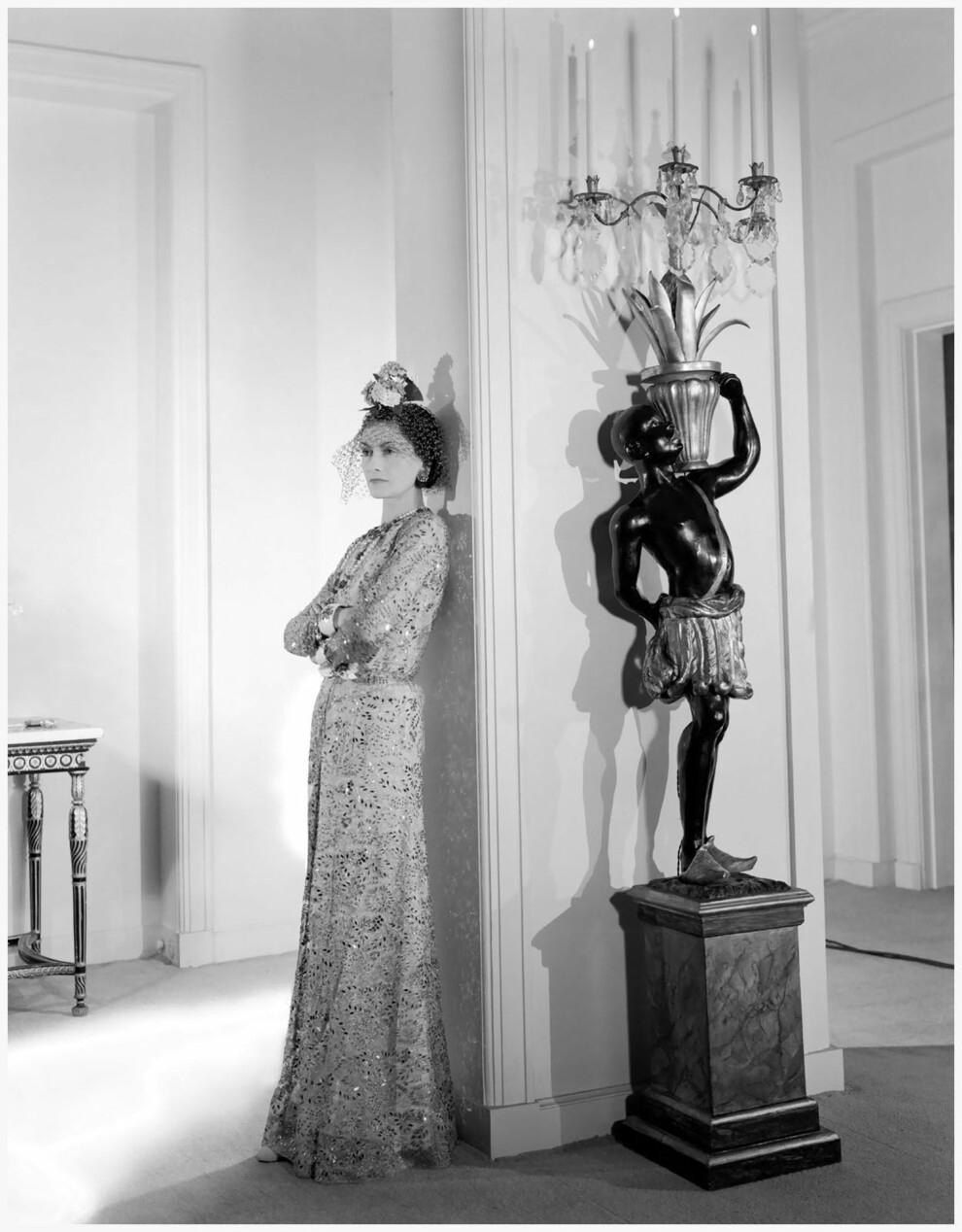 За кадром. Смотрите, как снимали рекламу Chanel №5 с Марион Котийяр (ФОТО+ВИДЕО) - фото №4