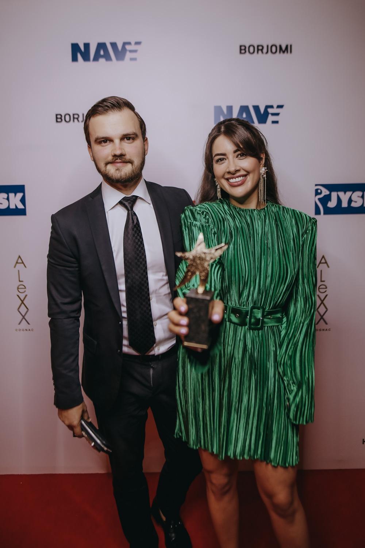 Viva! Awards 2021: выбираем самый эффектный наряды на красной дорожке (ФОТО+ГОЛОСОВАНИЕ) - фото №9