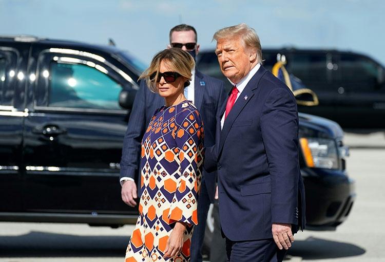 Траурный total black: последний выход Мелании Трамп в статусе первой леди США (ФОТО) - фото №5