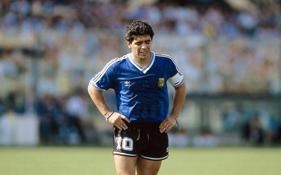 Умер Диего Марадона, аргентинский футболист... - фото №1
