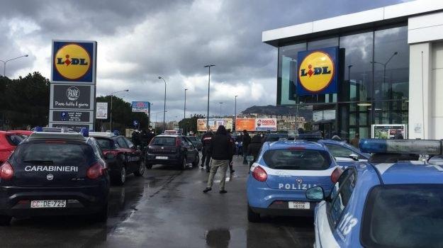 Коронавирус в Италии: покупатели отказываются платить в супермаркетах - фото №2