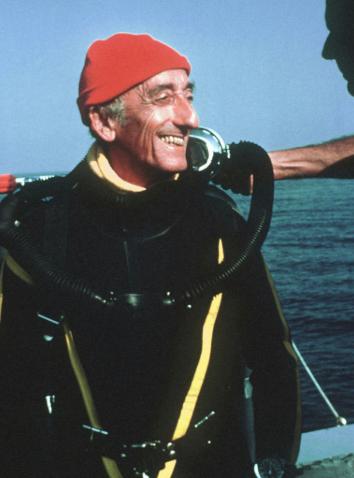 Жа-ИвКусто отмечает день рождения: как легендарный мореплаватель ввел моду на шапки? - фото №3
