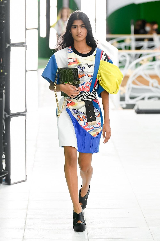 Гид по модным трендам 2021 года в новой коллекции Louis Vuitton (ФОТО) - фото №7