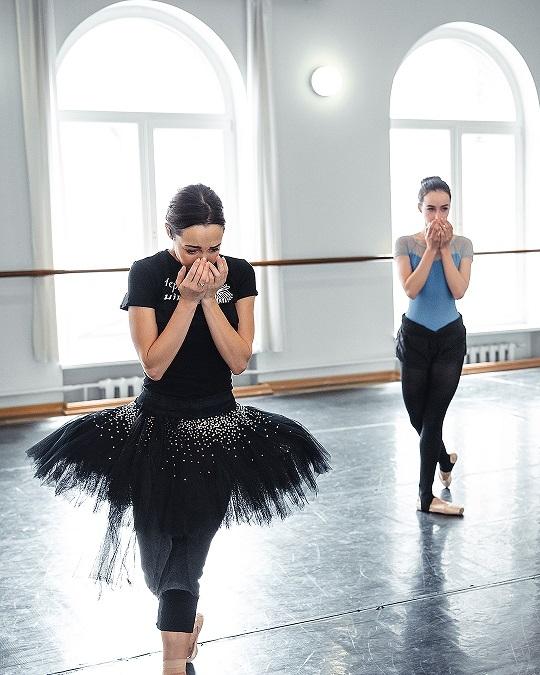 Балетный батл: Александр Стоянов и Катерина Кухар показали, как проходят их репетиции - фото №1
