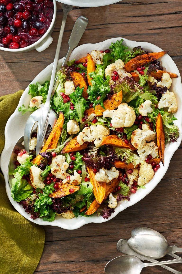 Салат с бататом и цветной капустой