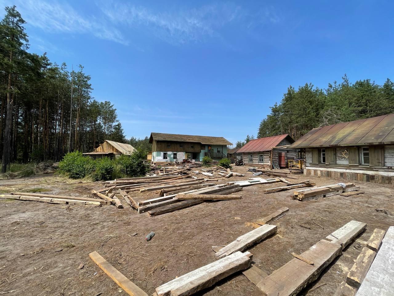 Возле Киева построили еврейское поселение для нового фильма Star Media - фото №4
