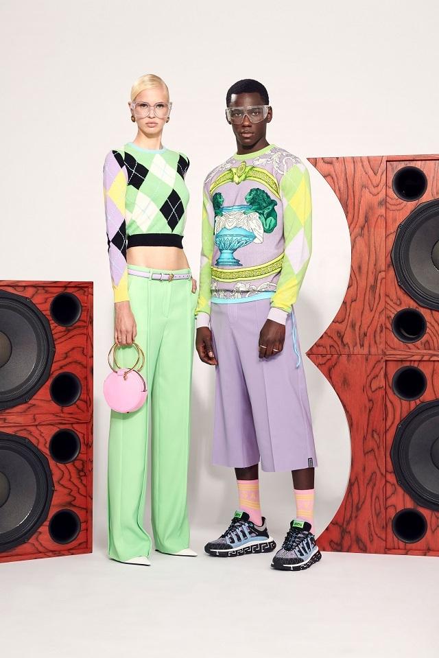Брюки с низкой посадкой и змеиный принт: Versace представили новую круизную коллекцию (ФОТО) - фото №1