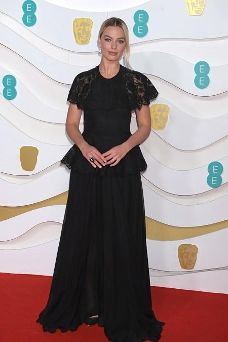 Кейт Миддлтон, Лили Роуз Депп, Скарлетт Йоханссон на BAFTA 2020 - фото №6